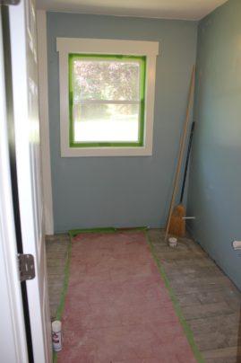 Guest bath w/new tile